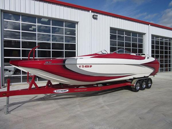 Eliminator Boats Daytona 28