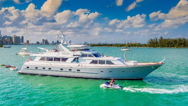 Broward 103 Raised Pilothouse