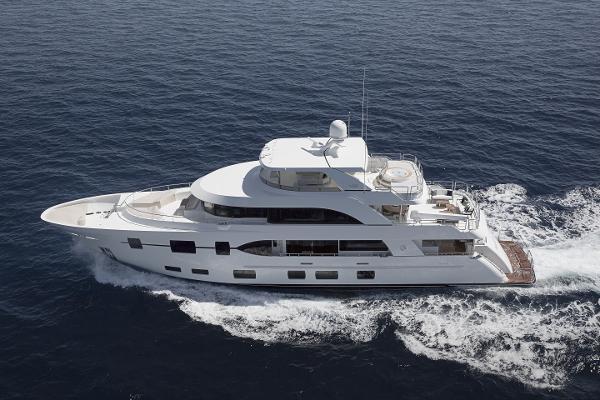 Ocean Alexander 120 Megayacht