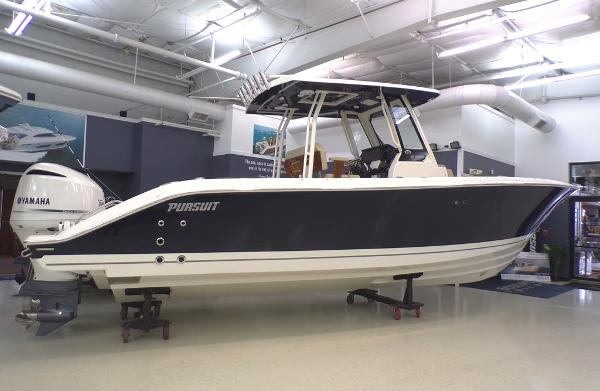 Pursuit S 288 Sport Sister Ship (Flag Blue)