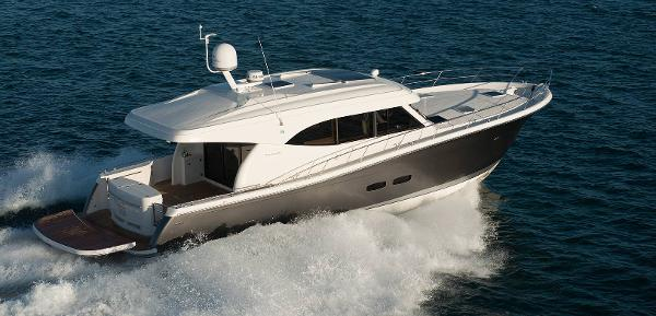 Maritimo S50 Manufacturer Provided Image: Maritimo S50 Running Shot