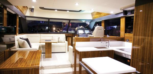 Maritimo S50 Interior