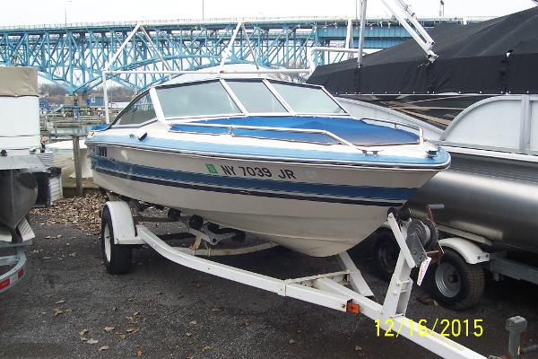 Sea Ray Seville 17 Bow Rider