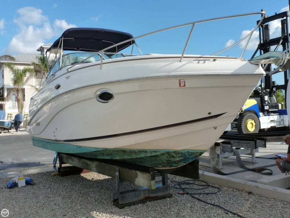 Rinker Fiesta Vee 250 2004 Rinker Fiesta Vee 250 for sale in Goodland, FL