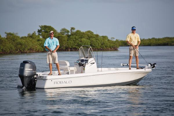 Robalo R206 Cayman 2017 Manufacturer Provide Photo