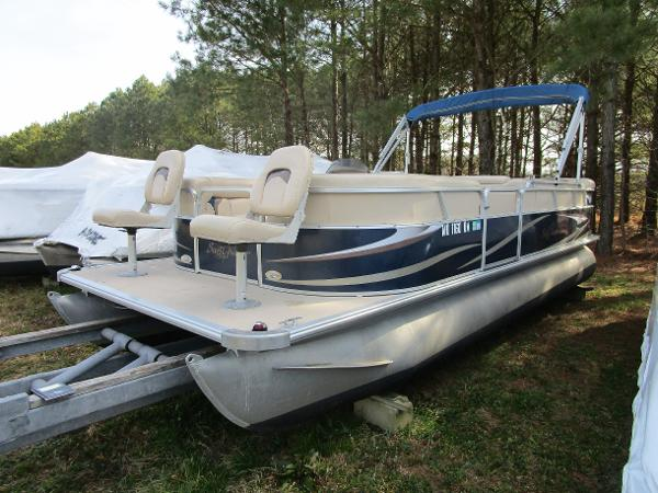 SunChaser DS22 Fish-n-Cruise