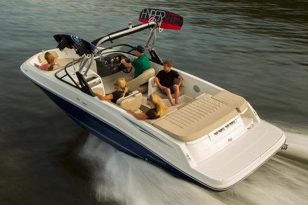 Bayliner VR6 Bowrider I/O Manufacturer Provided Image: Manufacturer Provided Image