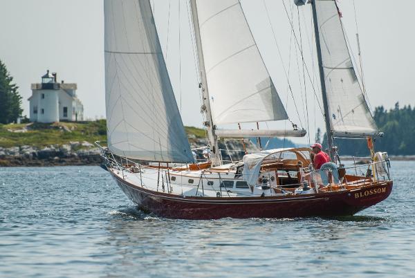 Hinckley Bermuda 40 MK III Yawl