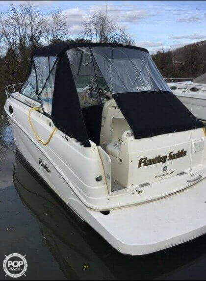 Rinker 250 Fiesta Vee 2003 Rinker 25 for sale in Winfield, WV