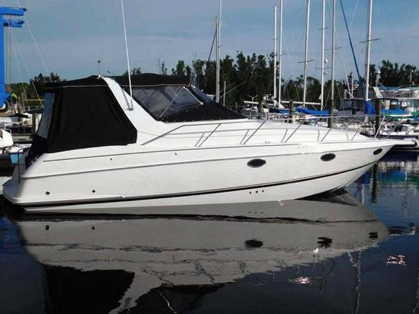 Chris-Craft Crowne 302 Main Profile