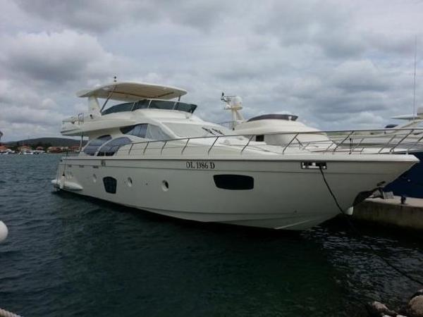 Azimut 75 Azimut 75 - Year 2005 - Blu Yachts