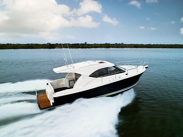 Riviera 3600 Sport Yacht Series II- IN STOCK! Running Shot