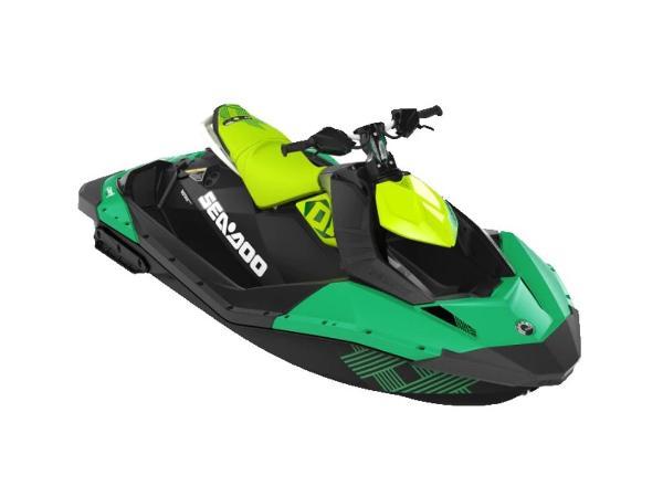 Sea-Doo Spark® Trixx™ 2-up Rotax® 900 H.O. ACE™ IBR