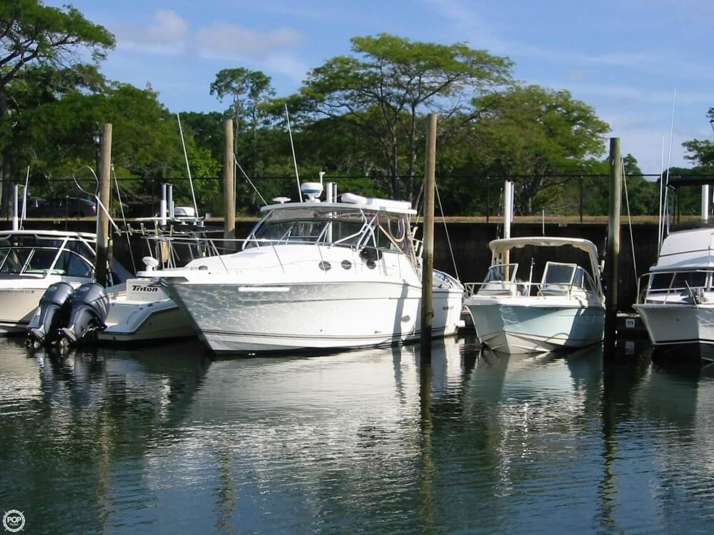 Wellcraft 330 Coastal 2002 Wellcraft 330 Coastal for sale in Stony Brook, NY