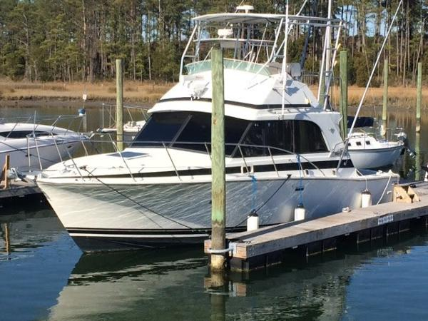 Bertram 33 Sport Fisherman