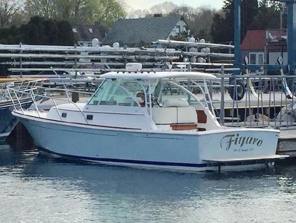 Hunt Yachts 33 Surfhunter