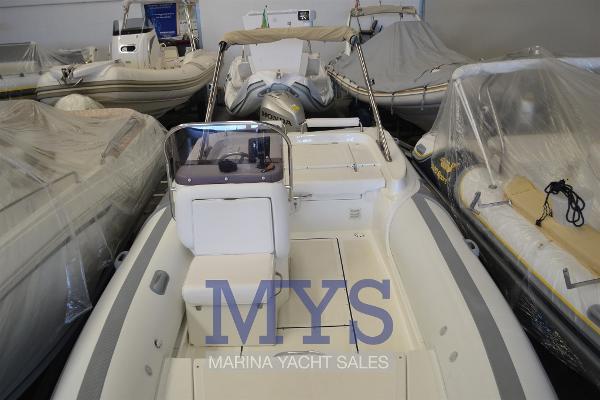 MV Marine 780 Confort MV MARINE 780 CONFORT (14)