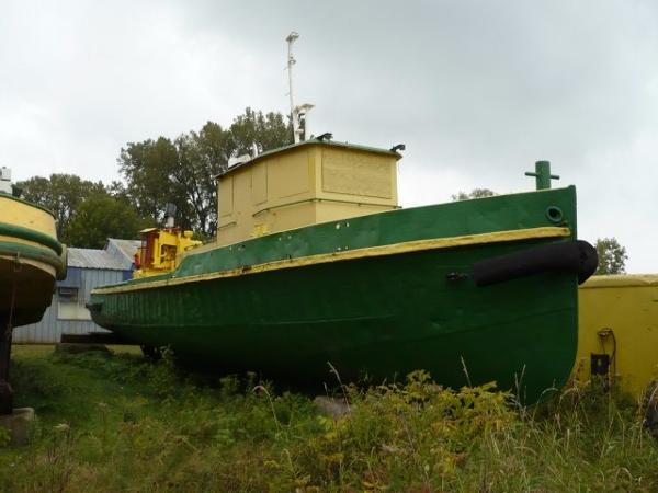 Tug Boat Model Bow