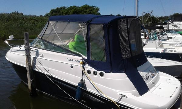 Glastron GS 259 Glastron GS259 Dockside