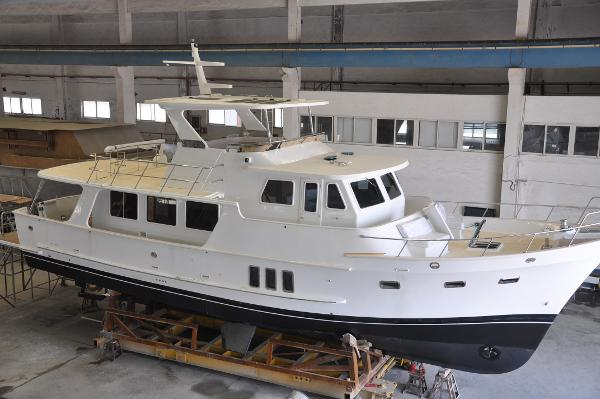 Formosa 570 Pilothouse