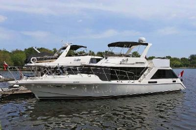 Bluewater Yachts 47 Coastal Cruiser At Dock