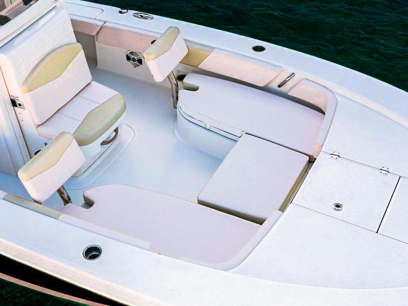 Robalo 246 Cayman