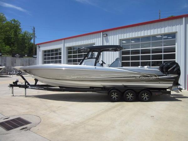 Sunsation Powerboats 32 CCX