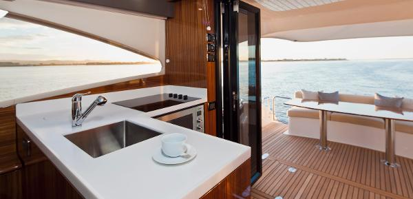 Maritimo C50 Sports Yacht Galley