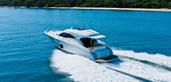 Maritimo C50 Sports Yacht Stern