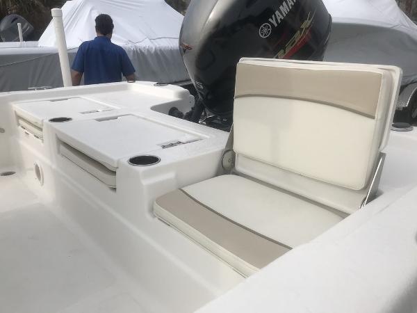 NauticStar 215 XTS SB