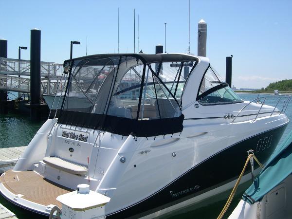 Rinker 360 Express Cruiser Dock Side