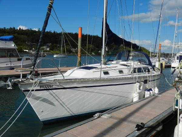 Hunter 33.5 Alongside