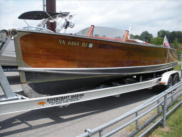 Custom 25 ft. Custom Wood Runabout Long IV