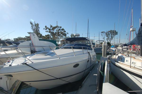 Chaparral 280 Signature Port Profile