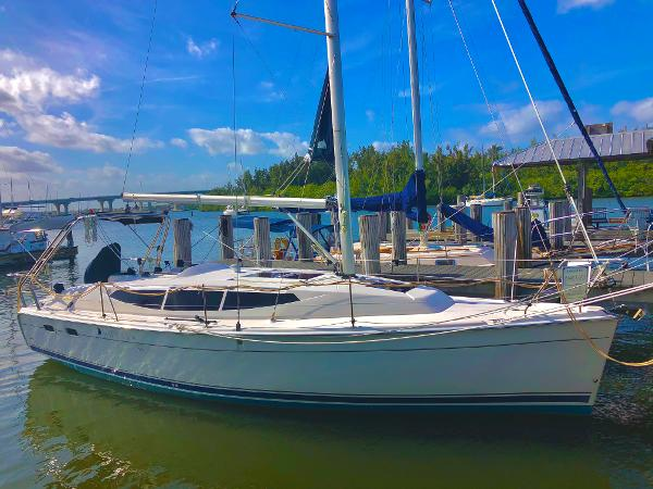 Marlow-Hunter 33