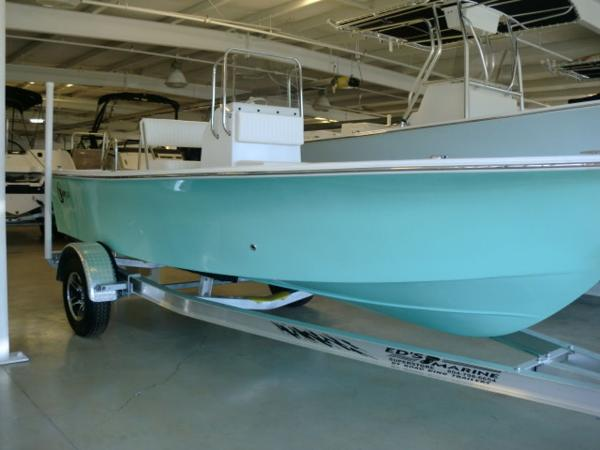 C-HAWK BOATS 18cc