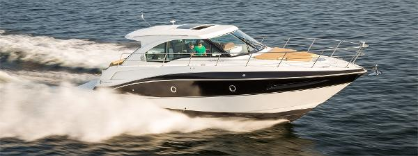 "Cruisers Yachts 41 Cantius ""Sistership"" Photo"