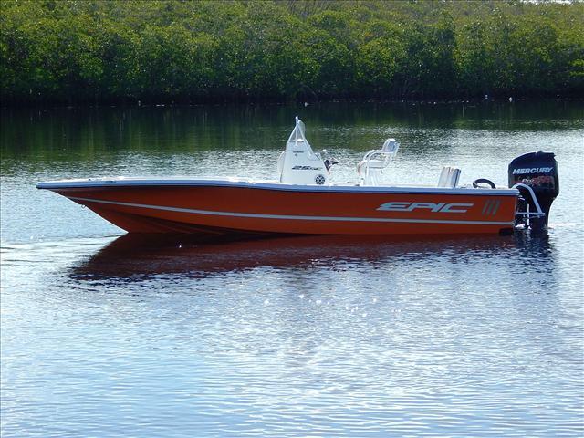 Epic BAY BOAT 25SC