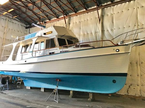 Grand Banks 36 Europa Side In Building Bow