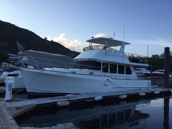 Explorer Motor Yachts 46 Sedan