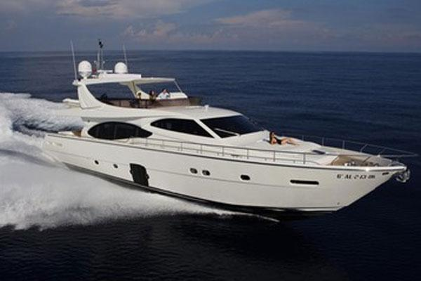 Ferretti Yachts 780 Manufacturer Provided Image