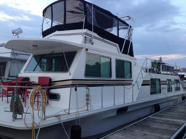Harbor Master 520 Wide Body