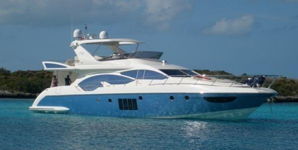Azimut 70' flybridge Profile