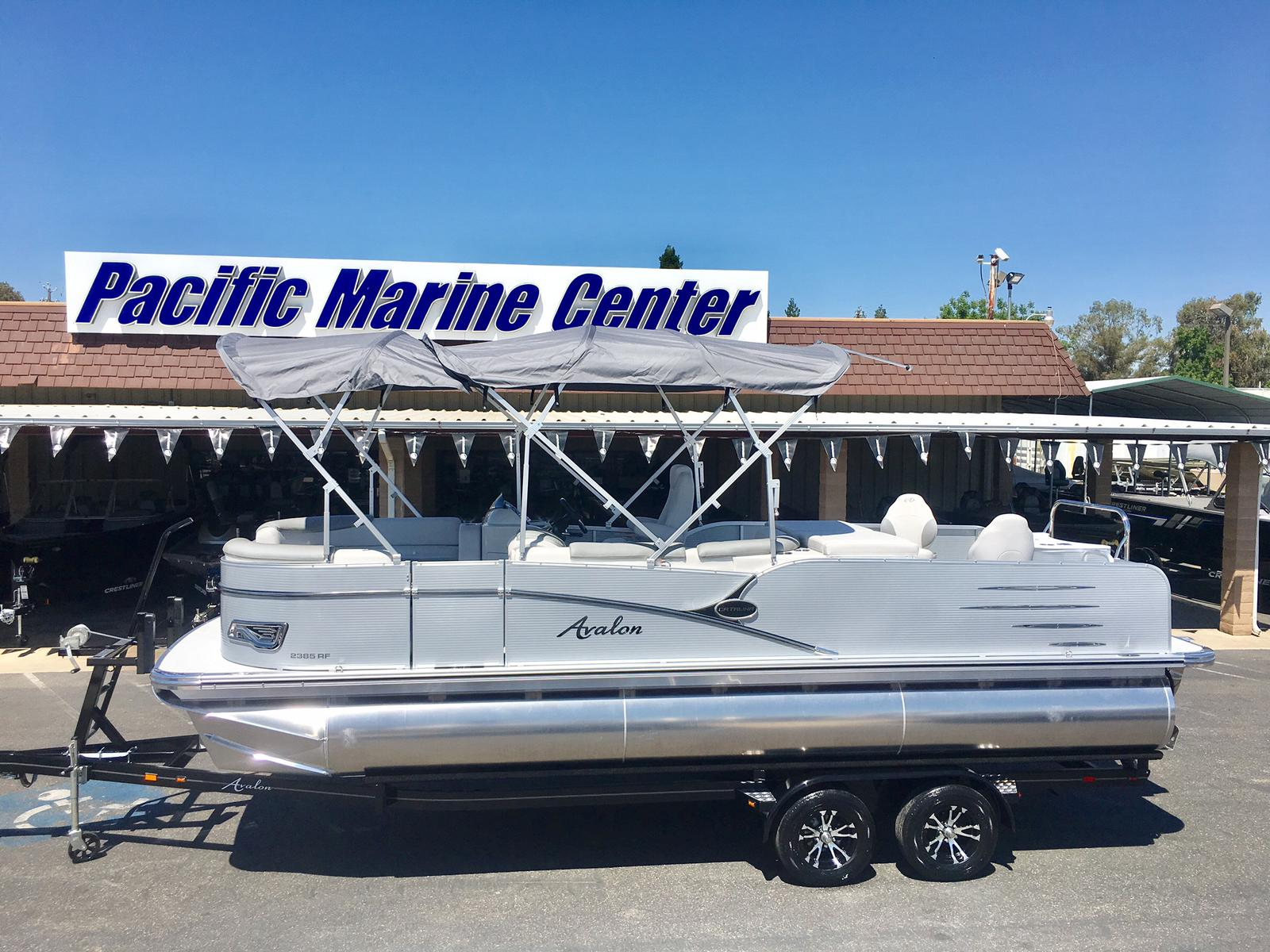 Avalon Catalina Rear Fish 23'  Tri toon  w/Mercury 150 hp