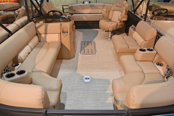 Bennington 22 SX Premium Swingback