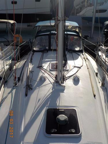 Dufour 325 Grand Large Dufour 325 Grand Large