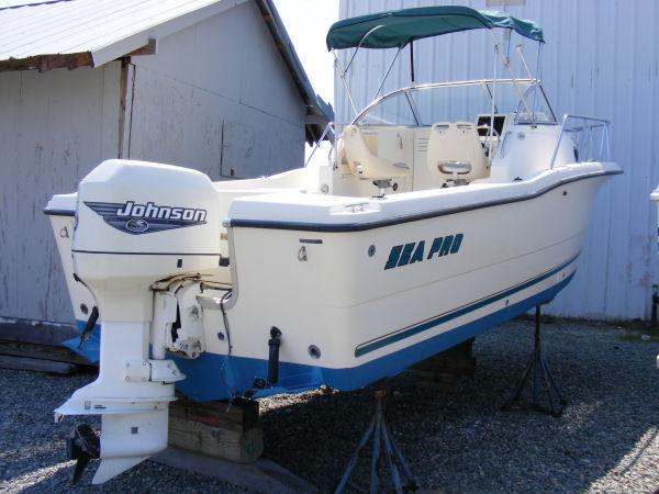 Sea-pro 235 WA Photo 1
