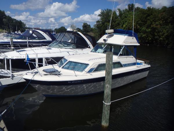 Chris-Craft 291 Catalina
