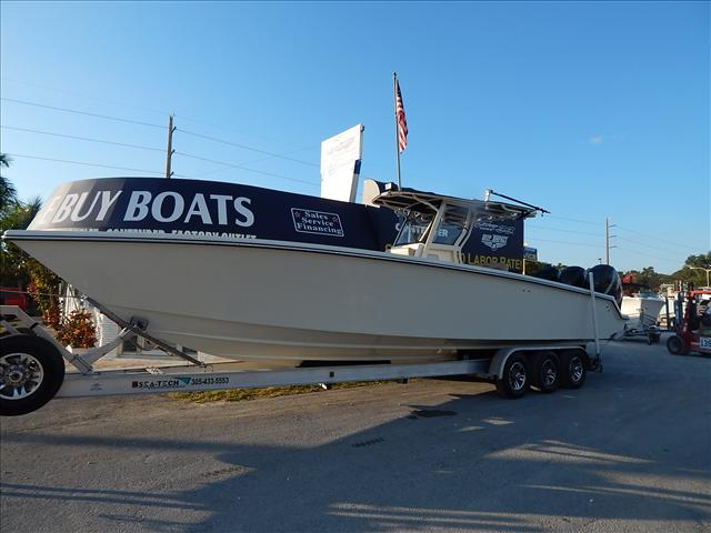 Blackwater Boats Center consoles 36 Tournament Edition