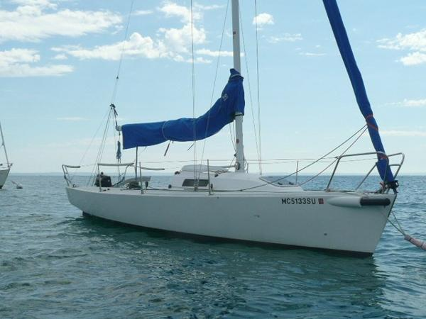 J Boats J/80 Starboard bow